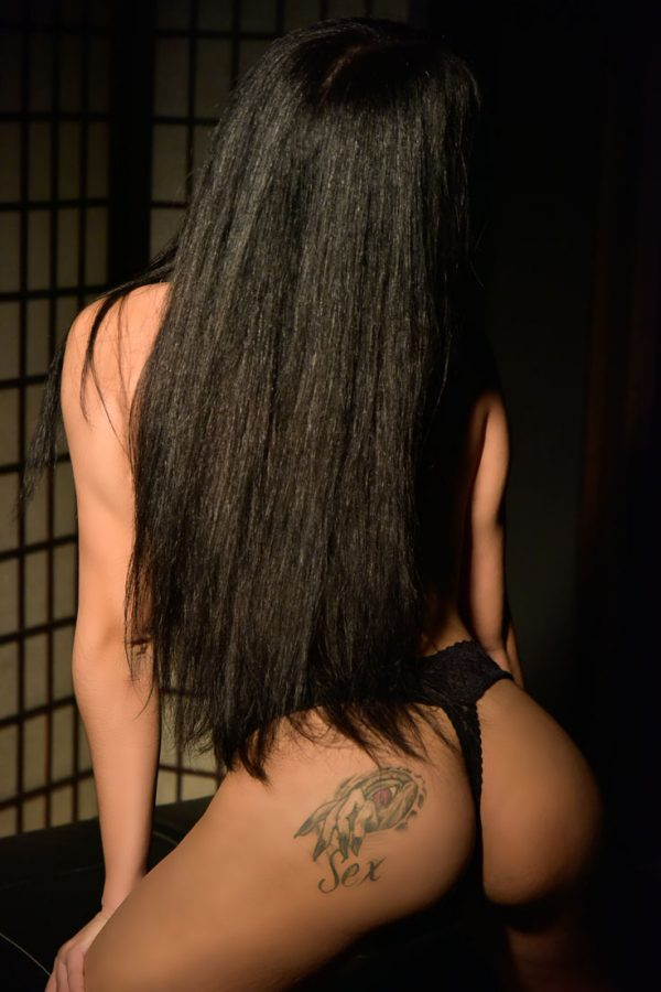 young escort girl in Vienna