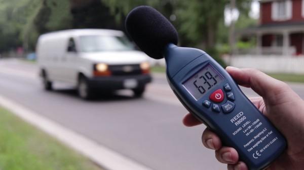 R8050 - Schallpegel Messgerät, 30 bis 130 dB